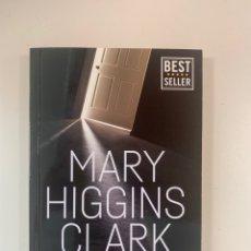 Libros: MARY HIGGINS CLARK - LAS INVESTIGACIONES DE ALVIRAH Y WILLY - LIBRO NUEVO. Lote 218073075