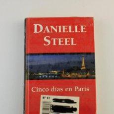 Libros: CINCO DÍAS EN PARÍS. Lote 242172540