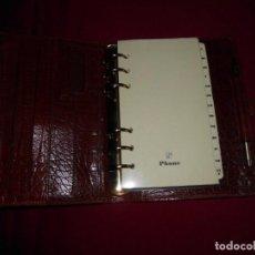 Libros: AGENDA DE PIEL CON BOLÍGRAFO. Lote 136278186