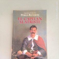 Libros: EL CAPITÁN ALATRISTE. Lote 181146158