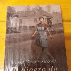 Libros: EL DINERO DE HITLER ..RADKA DENEMARKOVA. Lote 199778178