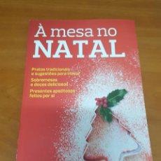 Libros: LIBRO EN LA MESA EN LA NAVIDAD. Lote 200399537