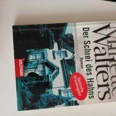 Libros: G-34 LIBRO MINETTE WALTERS DER SCHREI DES HAHNS ROMAN. Lote 215663362