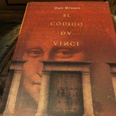 Libros: DAN BROWN EL CÓDIGO DA VINCI / UMBRIEL. Lote 222709321