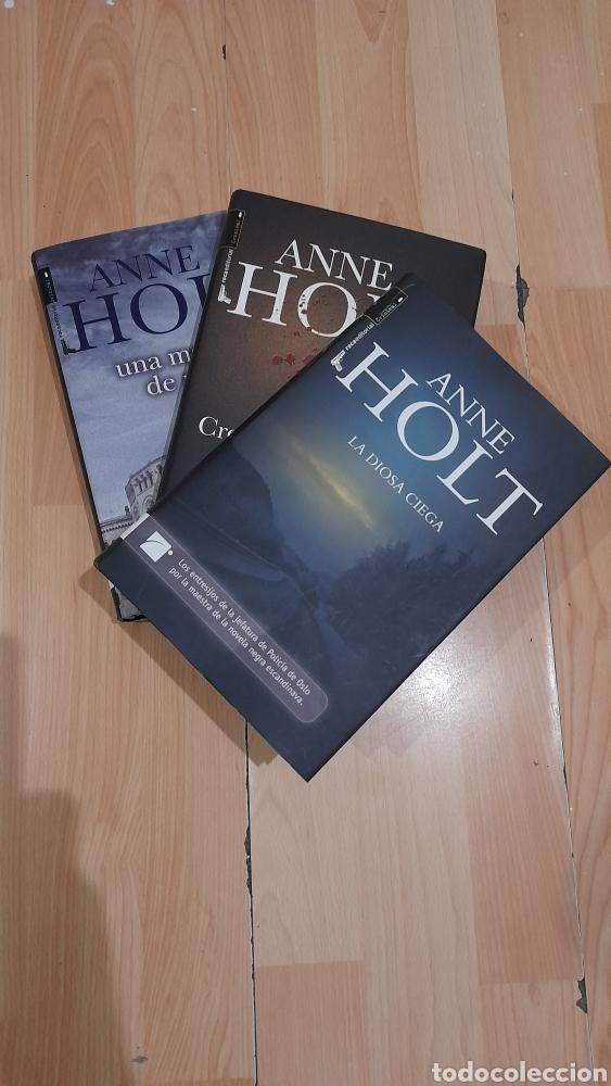 ANNE HOLT (Libros nuevos sin clasificar)