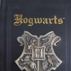 Libros: CUADERNO PARA ANOTACIONES. TAPA DURA EN RELIEVE CALIDAD. HARRY POTTER DE HOGWARTS SIN ESTRENAR EEUU. Lote 224996352
