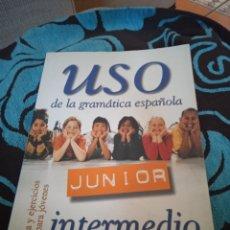 Libros: USO DE LA GRAMÁTICA ESPAÑOLA. LIBRO PARA APRENDER ESPAÑOL. NIVEL INTERMEDIO.. Lote 228010340