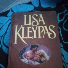 Libros: LISA KLEYPAS . LA ANTIGUA MAGIA. Lote 228011488
