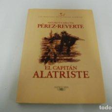 Libros: EL CAPITÁN ALATRISTE. Lote 228217435