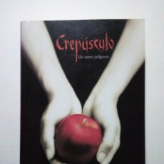 Libros: CREPÚSCULO - STEPHENIE MEYER. Lote 244421165