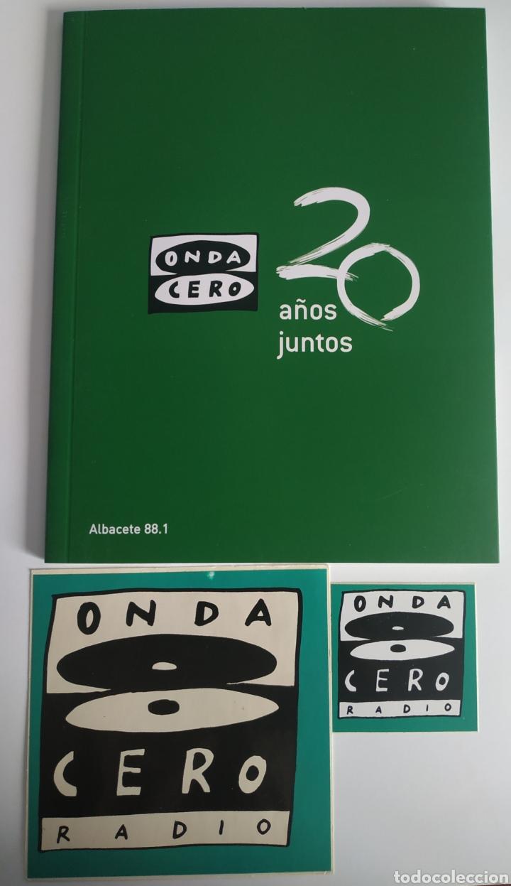 LIBRO 20 ANIVERSARIO ONDA CERO ALBACETE + PEGATINA GRANDE Y PEQUEÑA ONDA CERO RADIO (Libros nuevos sin clasificar)