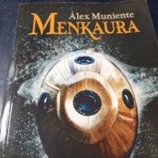 Libros: MENKAURA ALEX MUNIENTE. Lote 270943583