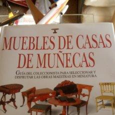 Libros: MUEBLES DE CASAS DE MUÑECAS DE MARGARET TOWNER.. Lote 122509430
