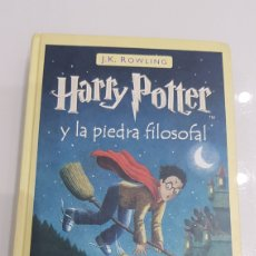 Libros: LIBRO HARRY POTTER Y LA PIEDRA FILOSOFAL. Lote 180027022