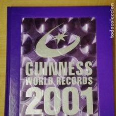 Libros: GUINNESS WORLD RECORDS. LIBRO GUINNESS DE LOS RÉCORDS 2001. Lote 192035260