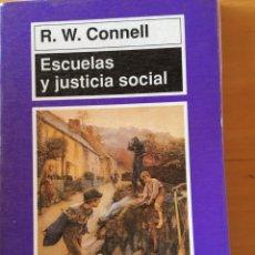 Libros: ESCUELAS Y JUSTICIA SOCIAL. Lote 232681301