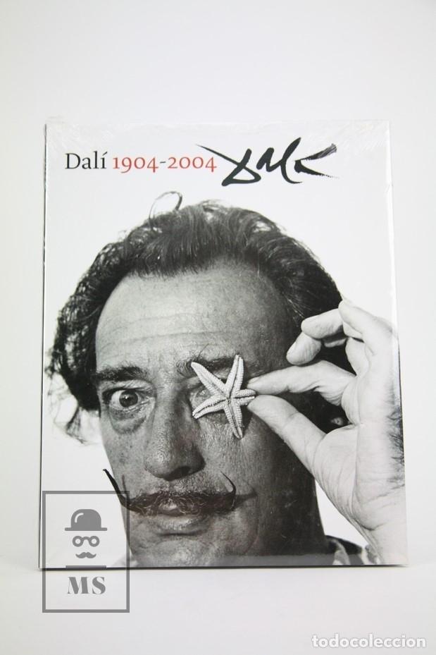 LIBRO GRAN FORMATO EN CATALÁN - DALÍ 1904-2004 / PRECINTADO - EDICIONES 62 (Libros Nuevos - Bellas Artes, ocio y coleccionismo - Pintura)