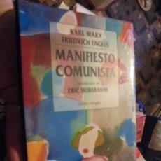 Libros: EL MANIFIESTO COMUNISTA / MARX ENGELS - BILINGUE / HOBSBAWM - 1998 PRECINTADO - EDICION DE LUJO. Lote 115044091