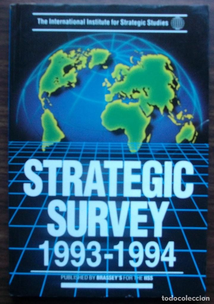 STRATEGIC SURVEY 1993-1994. PUBLISHED BY BRASSEY'S FOR THE IISS (Libros Nuevos - Humanidades - Política)