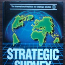Libros: STRATEGIC SURVEY 1993-1994. PUBLISHED BY BRASSEY'S FOR THE IISS. Lote 147683302