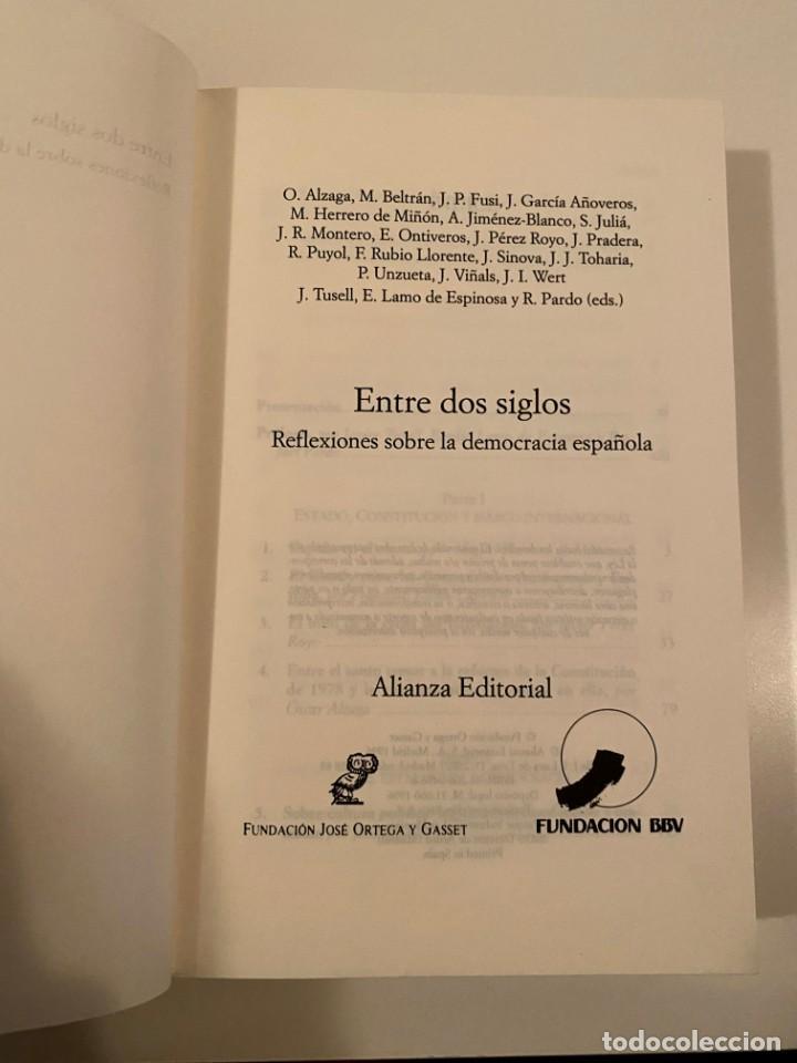 """Libros: """"ENTRE DOS SIGLOS"""" - VARIOS AUTORES - Foto 3 - 245179425"""