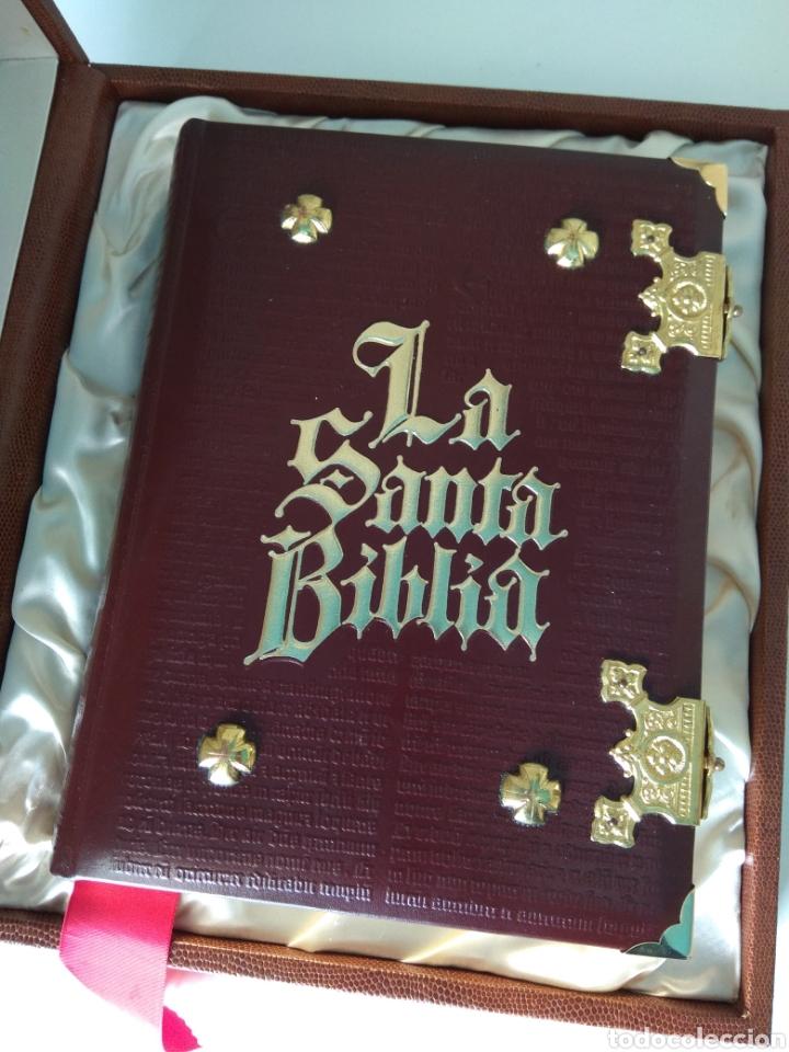 LA SANTA BIBLIA (Libros Nuevos - Humanidades - Religión)