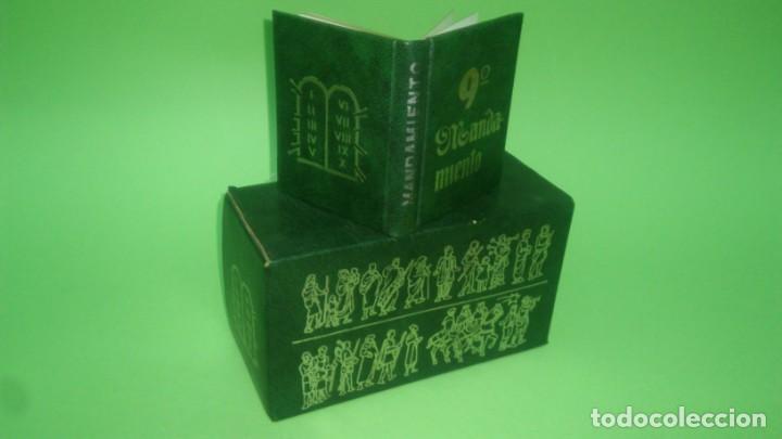 Libros: MININIBROS - LOS 10 MANDAMIETOS EN ESTUCHE CON LOS LOMOS DORADOS - Foto 2 - 195329182