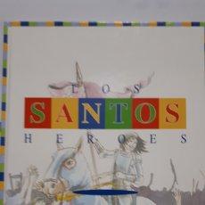 Libros: LOS SANTOS HEROES. Lote 199750250