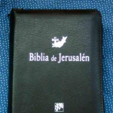 Libros: BIBLIA DE JERUSALÉN. BOL. MODELO 3, CREMALLERA - EDITORIAL DESCLÉE DE BROUWER - SÍMIL PIEL, NUEVO. Lote 277152188