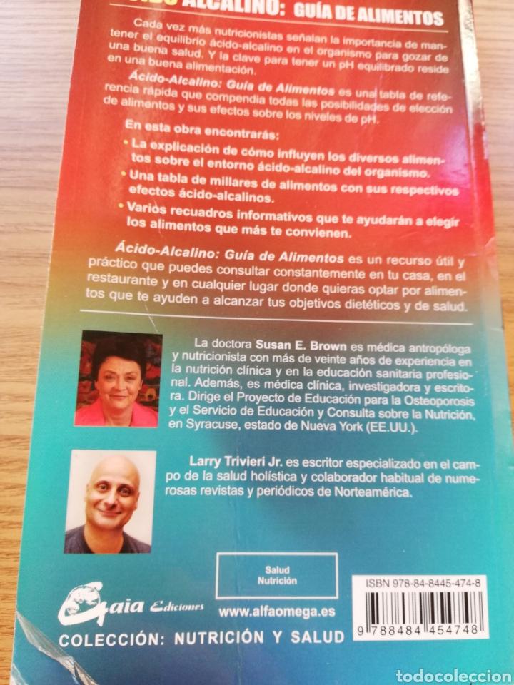 Libros: Libro Ácido Alcalino. Arrugas, pladtico levantado en contraportada. 2 autores. - Foto 2 - 168668032