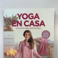 Libros: YOGA EN CASA - LIBRO NUEVO. Lote 241483710
