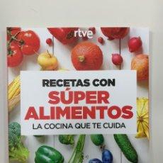 Libros: RECETAS CON SÚPER ALIMENTOS - NUEVO. Lote 243594545