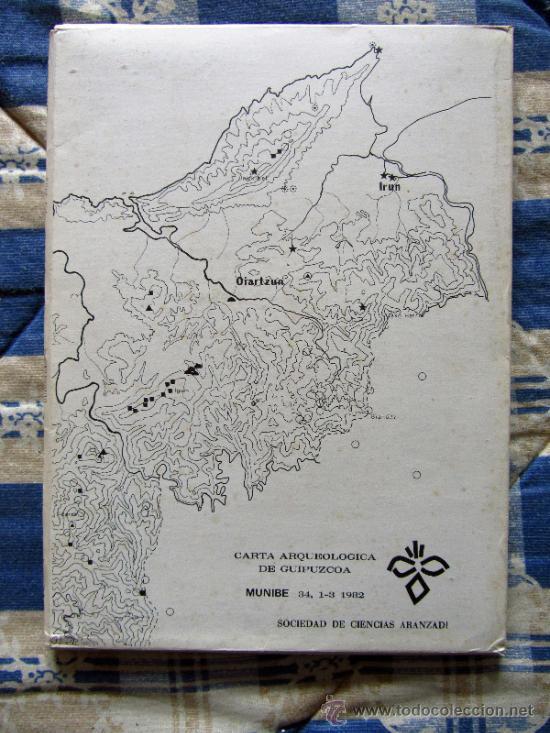 Libros de segunda mano: Carta arqueologica de Guipuzcoa + Carpeta con mapas. - Foto 2 - 37491105