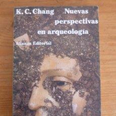 Libros de segunda mano: NUEVAS PERSPECTIVAS EN ARQUEOLOGIA. K.C.CHANG. ALIANZA ED. 1983 155 PAG. Lote 47912191