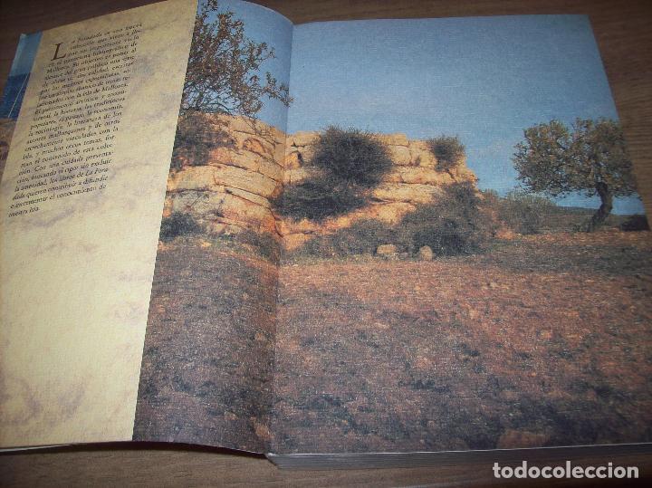Libros de segunda mano: GUÍA ARQUEOLÓGICA DE MALLORCA. JAVIER ARAMBURU - CARLOS GARRIDO - VICENÇ SASTRE. 1994. - Foto 3 - 130289970
