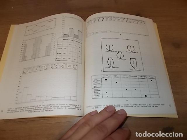 Libros de segunda mano: LAS CUEVAS DE LOS BOTIJOS Y DE LA ZORRERA EN BENALMÁDENA. CARMEN OLARIA . 1978. VER FOTOS. - Foto 9 - 134348370