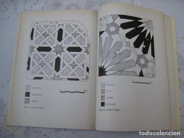 Libros de segunda mano: CERAMICAS MEDIEVALES DECORADAS DE TALAVERA DE LA REINA ( TOLEDO ) - Foto 3 - 151543414