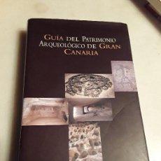 Libros de segunda mano: GUIA DEL PATRIMONIO ARQUEOLOGICO DE GRAN CANARIA. 1ª ED., 2001. EXCELENTE ESTADO. 456 PAG.. Lote 134099626