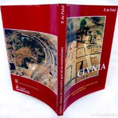 Libros de segunda mano: CLUNIA. BURGOS. HISTORIA DE LA CIUDAD Y GUÍA DE LAS EXCAVACIONES. 5 PLANOS. NUEVO. AÑO: 1994.. Lote 177561618
