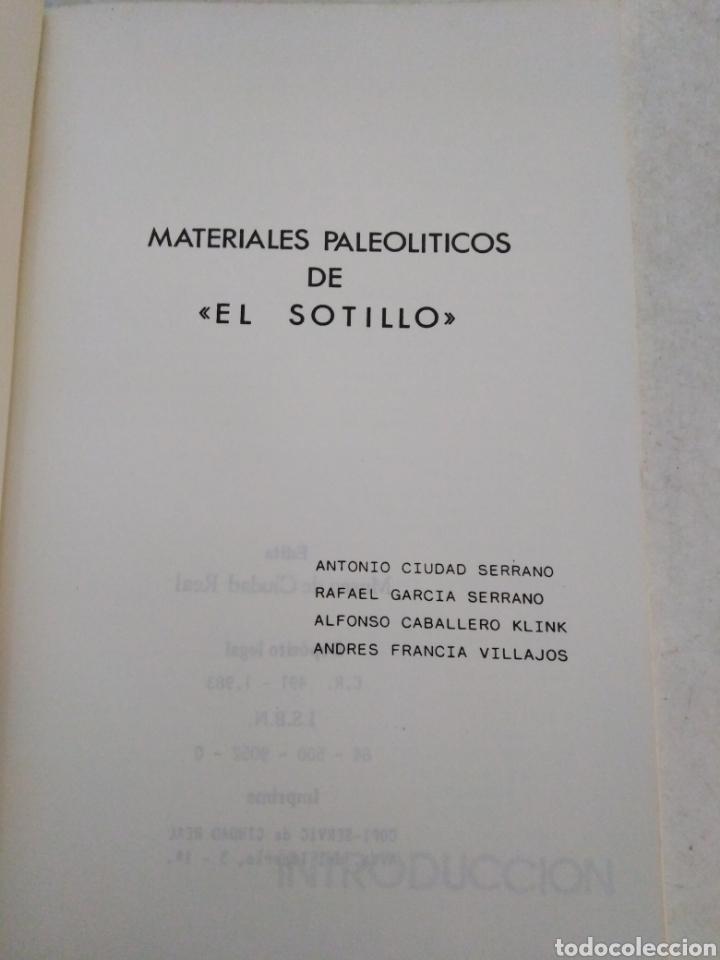 Libros de segunda mano: Materiales paleolíticos de el sotillo, museo de Ciudad Real, 1983 - Foto 3 - 224788162