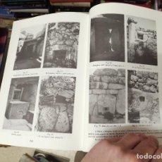 Libros de segunda mano: LES TAULES DE MENORCA . UN ESTUDI ARQUEOASTRONÒMIC . HOCHSIEDER - KNÖSEL . ARQUEOLOGIA . ASTRONOMIA. Lote 246014810