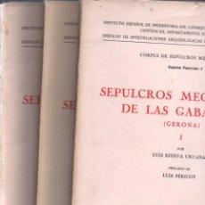 Libros de segunda mano: ESTEVA CRUAÑAS / PERICOT : SEPULCROS MEGALÍTICOS DE LAS GAVARRAS, GERONA (1964 A 1970) 3 CARPETAS. Lote 279520643