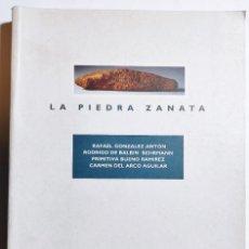 Libros de segunda mano: VV.AA. LA PIEDRA ZANATA. 1995. CANARIAS.. Lote 294128893