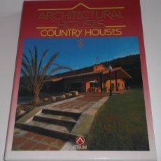 Libros de segunda mano: LILIAN MAYTEK BENARROCH (COORD.). ARCHITECTURAL HOUSES Nº 8. CASAS EN EL CAMPO. RM67411. . Lote 46599173