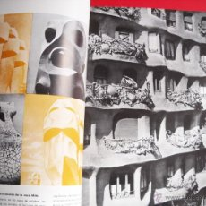 Libros de segunda mano: GAUDÍ - CUADERNOS DE ARQUITECTURA - 1956. Lote 47851448