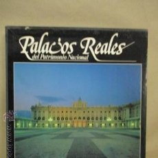 Libros de segunda mano: PALACIOS REALES DEL PATRIMONIO NACIONAL . Lote 53193299