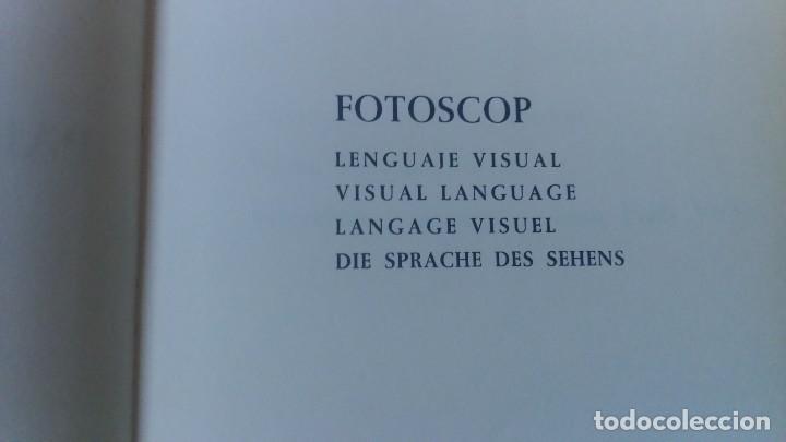 Libros de segunda mano: Muy raro libro de Park guell gaudi ediciones polígrafa 2 edición año 1971 con fotografías miren foto - Foto 12 - 64378555