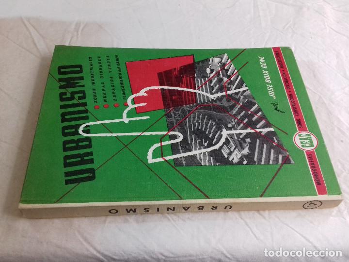 URBANISMO ZONAS INDUSTRIALES, CIUDADES, VERDES, CAMPOS-JOSE BOIX GENE-Nº 17-MONOGRAFIAS CEAC-1963 (Libros de Segunda Mano - Bellas artes, ocio y coleccionismo - Arquitectura)