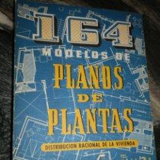 Libros de segunda mano: CEAC. PLANOS DE PLANTAS-INSTALACIONES SANITARIAS EN VIVIENDAS,1973-77. DOS OBRAS. Lote 100178387