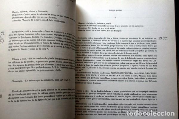 Libros de segunda mano: LAS VIDRIERAS DE LA CATEDRAL DE SEVILLA - VICTOR NIETO ALCALDE - MUY ILUSTRADO - GRAN FORMATO - Foto 4 - 102004183